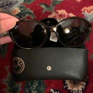 NWT rayban sunglasses